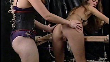 Skinny looker likes being tied up and having her twat pinched