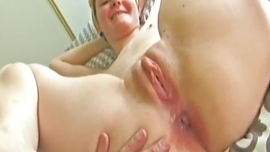 Creampied retro babe assfucked by oldman