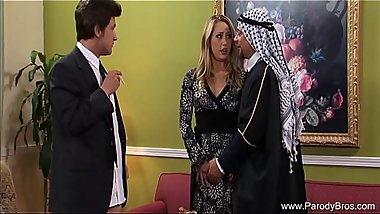 Mafia Wife Has Killer 3some