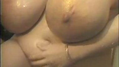 Huge Honey 4