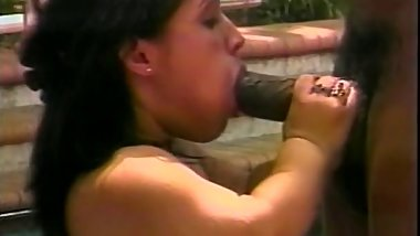 Midget plays with a bbc m22