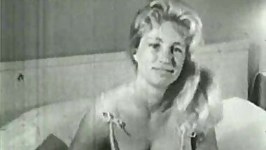 Big Busty Virginia Bell Solo (1950s Vintage)