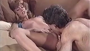 Retro babe pussy licking