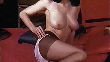 LOLA - vintage nylons striptease stockings heels
