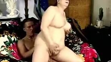 FAT BBW MATURE WITH BIG TITS FUCKED ON SOFA (VINTAGE)