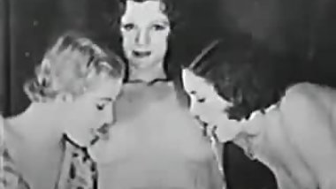 Vintage Lesbian Threesome - 1920s-30s