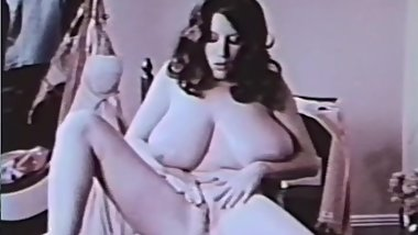 Softcore Nudes 611 60's and 70's - Scene 10