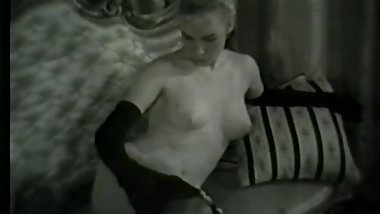 Softcore Nudes 619 50's and 60's - Scene 8